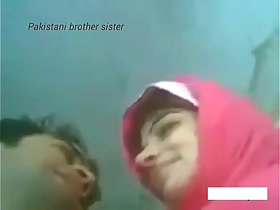 Real brother and sister home alone// Watch Full 9 min video at http://wetx.pw/sisfucker